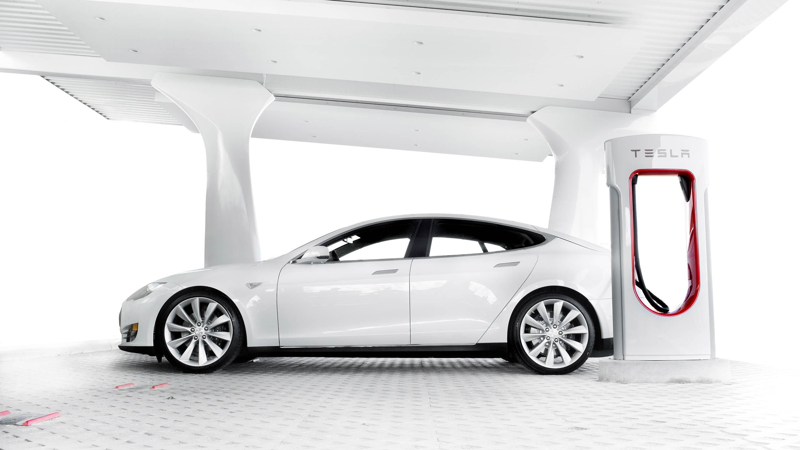 Charging your Tesla - Thomas Bensmann