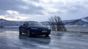 Winter driving with Tesla Model S