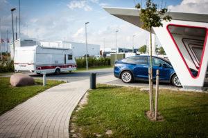 Charging Tesla Model X when towing a trailer